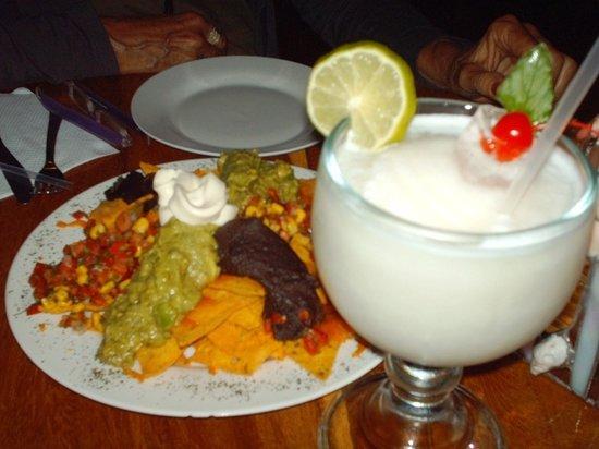 La Peña de Sol Latino: Coconut Lemonade + Nachos