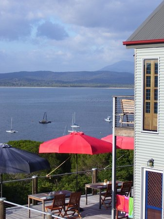 Snug Cove Bed and Breakfast: Fabulous views