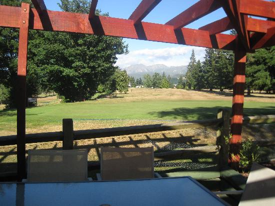 Alpine Springs Motel : The view from our apartment