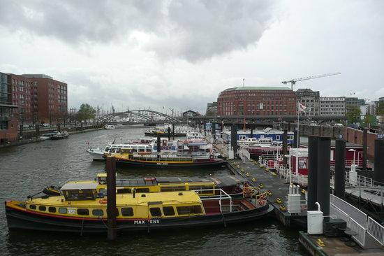 SANDEMANs NEW Europe - Hamburg: Harbour