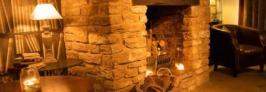Chadwicks Inn Maltby: lovely fireplace