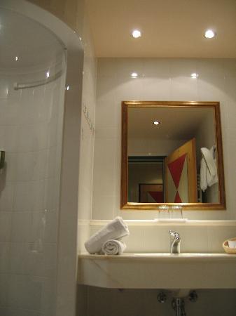 Wellnesshotel Mitterwirt: Badezimmer