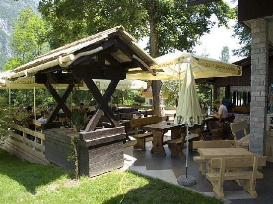 Pizzeria & Spaghetti house Don Andro: Summer terrasse