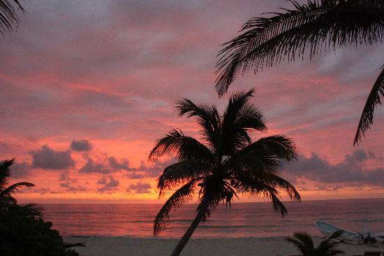 Hotel CalaLuna Tulum: A beautiful sunrise