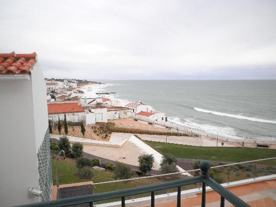 Vila Sao Vicente Boutique Hotel: View from our balcony, beach at Albufeira