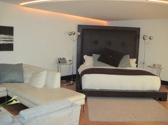 Le Parc Hotel: Part of Our Suite