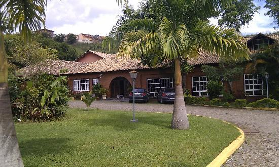 Valença, RJ: The Hotel Palmeira Imperial - a classical style former coffee farm in quiet grounds