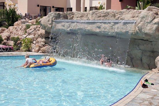 Avanti Holiday Village: Avanti Village  Waterfall