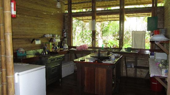 Casa Bambu Resort: Great kitchen