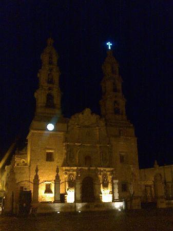 Hotel Imperial Aguascalientes, Mexico. Junto a la Catedral