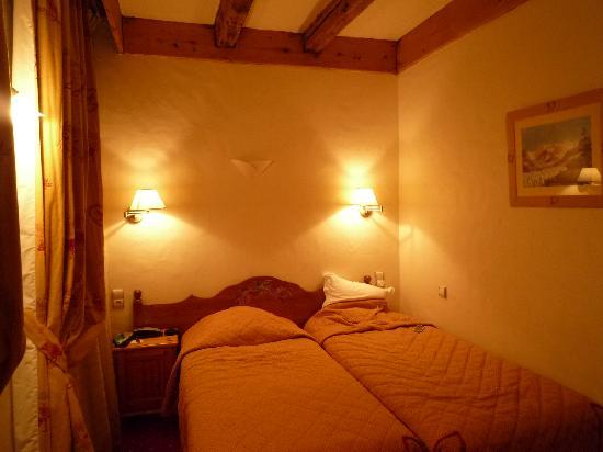 Park Hotel Suisse & Spa: beds