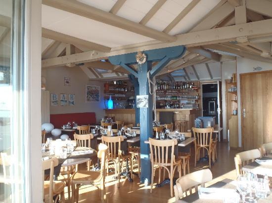 Interieur picture of la cale saint malo tripadvisor for Interieur 405
