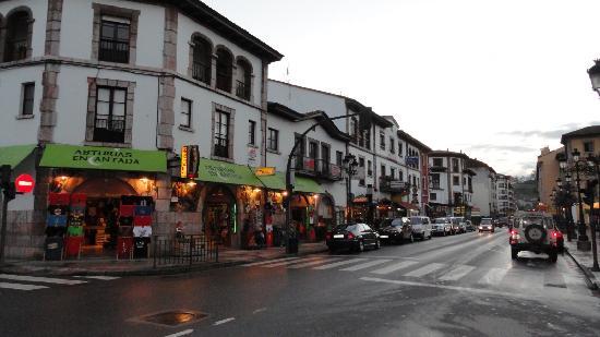 Cangas de Onis, Espagne : Cangas de Onís