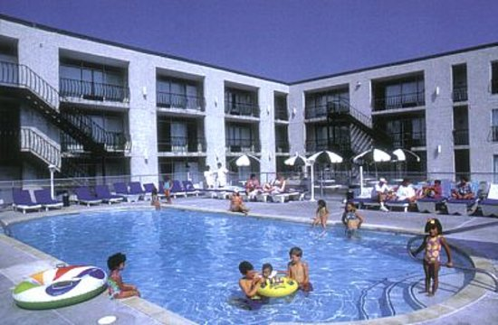 Ortley Beach, Nueva Jersey: Starlight Motel & Luxury Suites Pool Area