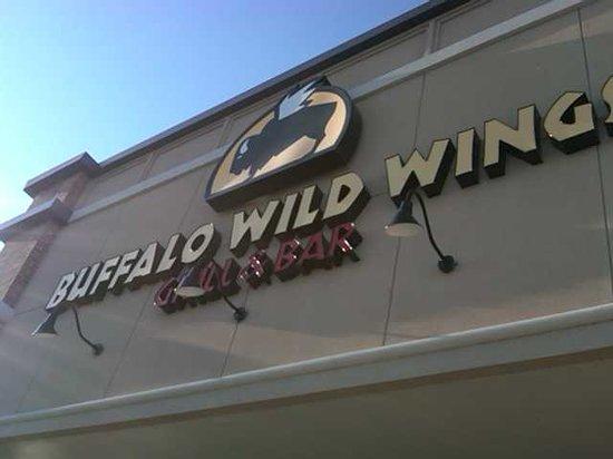 Buffalo Wild Wings, Brandon - Menu, Prices & Restaurant Reviews