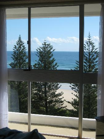 Burleigh Heads, Australia: View from main bedroom