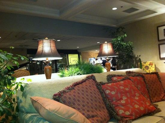 Coast Wenatchee Center Hotel: Lobby