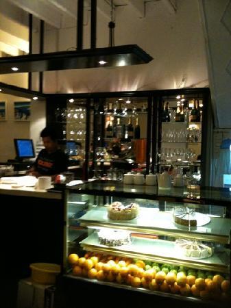 El Casa Restaurant : the bar