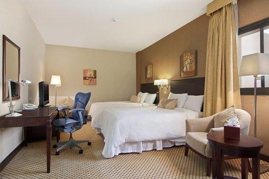 Hilton Garden Inn Riyadh Olaya: Guest room