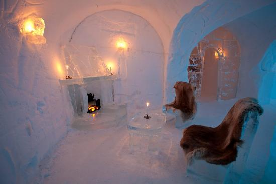 sleeping rooms 30 total picture of sorrisniva igloo. Black Bedroom Furniture Sets. Home Design Ideas