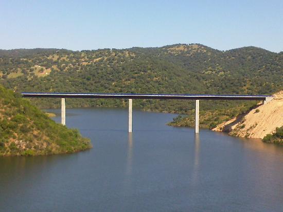 Almodovar del Rio, Spain: Puente de la Cabrilla
