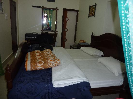 Hotel Bharat Villas : chambre