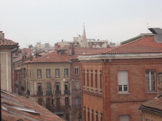 St Claire Hotel: vue de la fenêtre de notre chambre ( 4ème)