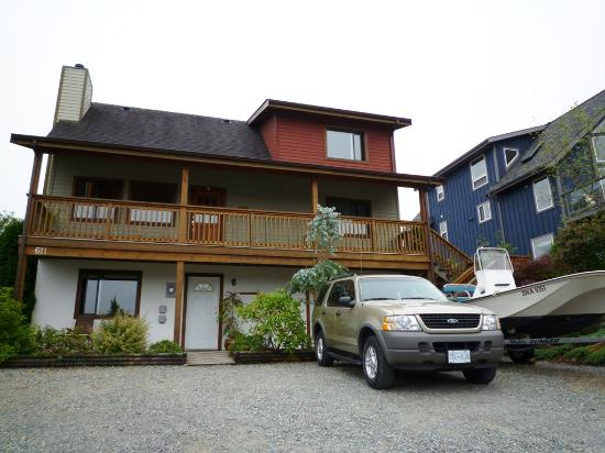 Sand Dollar Guest House: outside