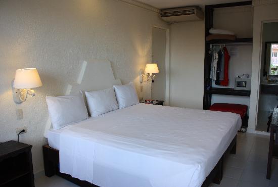 Hotel Labnah: Room