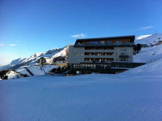 Sporthotel Ideal: Hotel at the slope