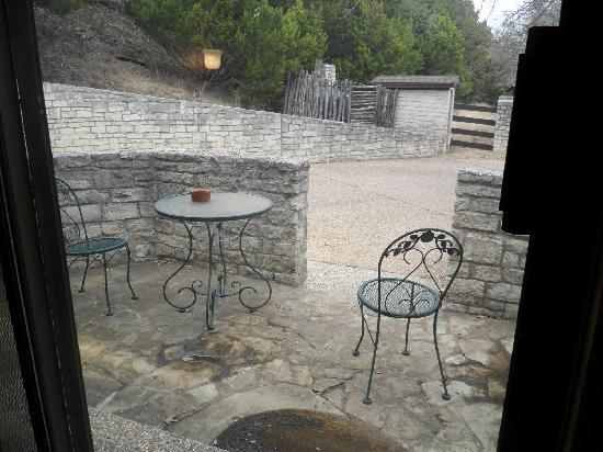 The Lodge at Fossil Rim: Attwater's private patio