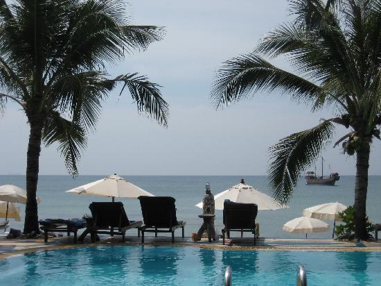 Lanta Palace Resort & Beach Club: la piscine fabuleuse vue sur plage et mer