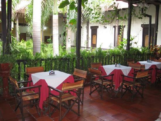 Centro Hotel: Breakfast dining area
