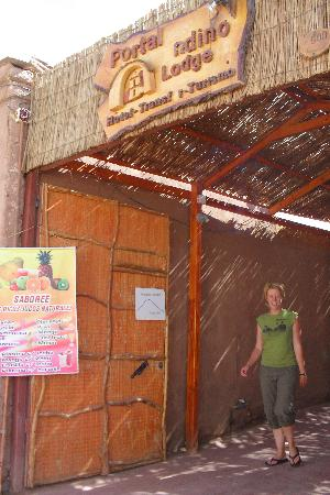 Portal Andino Lodge: Entrada al Hotel
