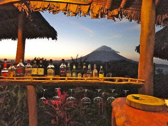 Totoco Eco-Lodge: sunset from the bar