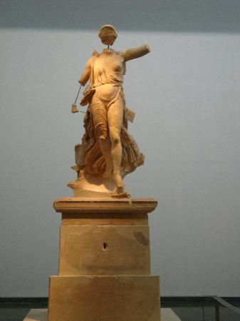 Olympia: Niké (victoire) au musée