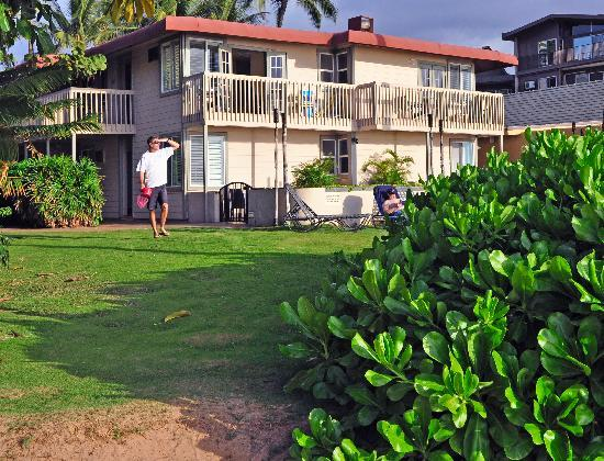 Days Inn Maui Oceanfront: Maui Oceanfront from Keawakapu Beach