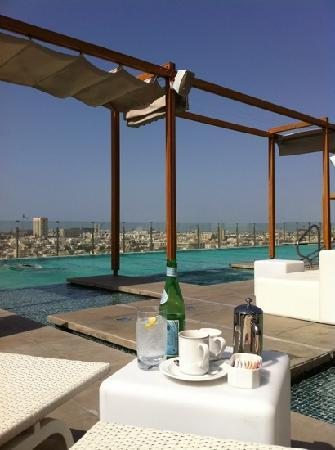 Nassima Royal Hotel: Nice pool. super service.