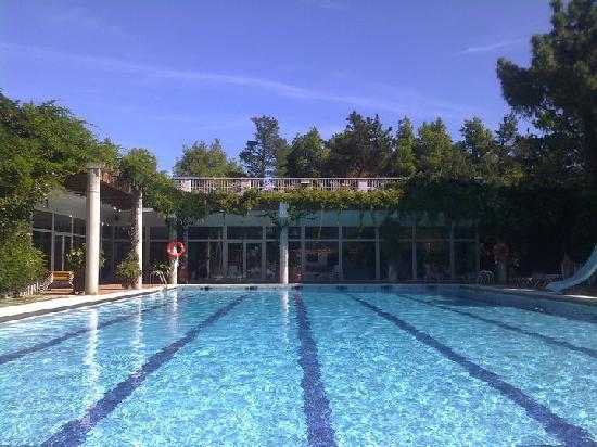 Llanca, Hiszpania: Schwimmbad
