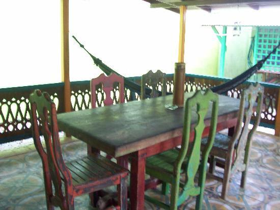 Casas La Selvatica: The awesome dining table