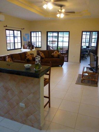 Casa Maya Guesthouse