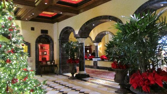 Fairmont Grand Del Mar: The Lobby