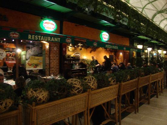 Del Arte Serris : Restaurant
