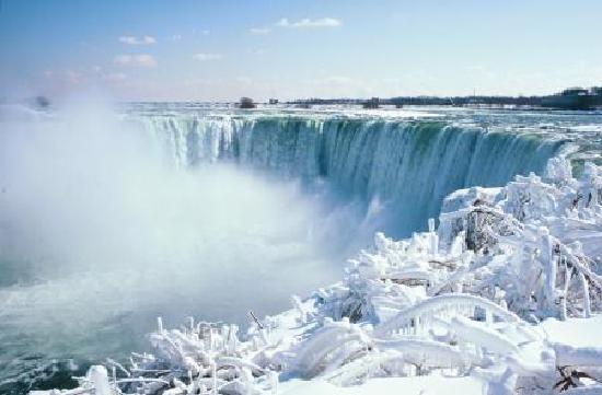 Niagara Falls Sightseeing Tours: Niagara Falls Horseshoe Falls Canadian side
