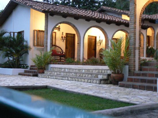 Hacienda la Esperanza : evening