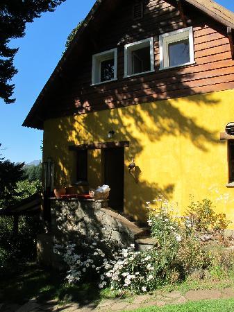 Los Juncos - Lake House: outside
