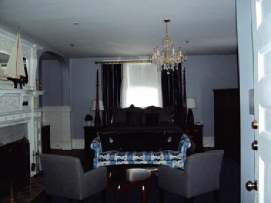 The Kemble Inn: Kemble Inn room