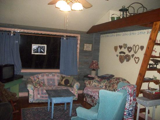 Enchanted Cottages: The living room