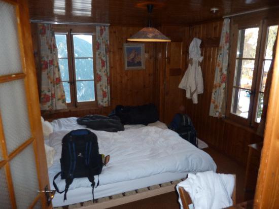 Les Touristes: View of room