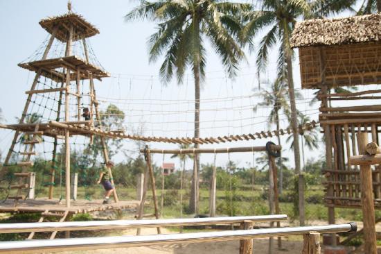 Dingo Deli Playground